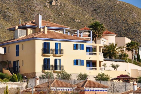 Hotel Pictures: Hotel Mayarí, Calabardina