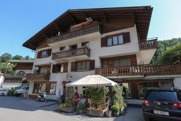 Hotel Pictures: Hotel Garni Posthorn, Küblis
