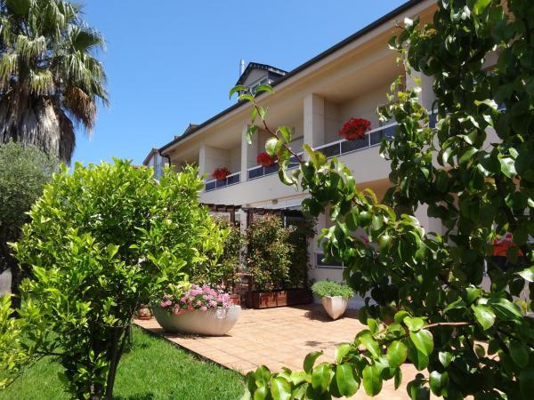 Hotel Pictures: Hotel El Pescador, Perillo