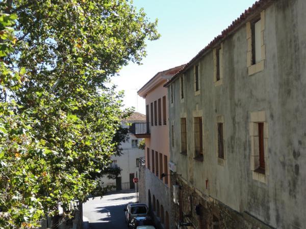 Hotel Pictures: , Vilanova de Escornalbou