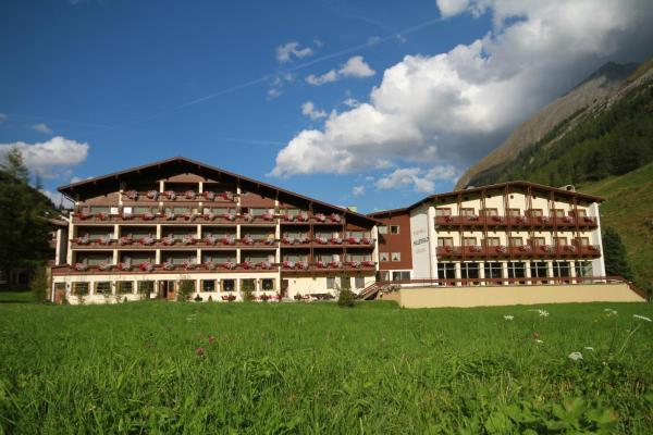 Hotelbilleder: Thermal-Badhotel Kirchler, Tux