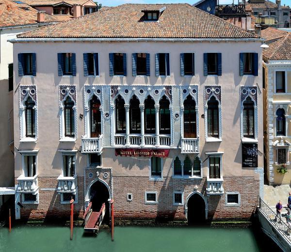 Foto Hotel: Hotel Liassidi Palace - Small Luxury Hotels of the World, Venezia