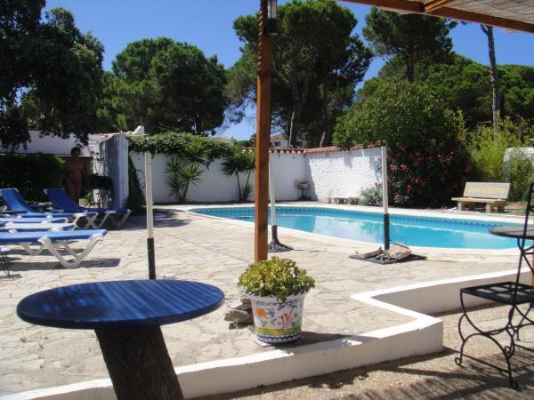 Hotel Pictures: Casa La Felicidad, Chiclana de la Frontera