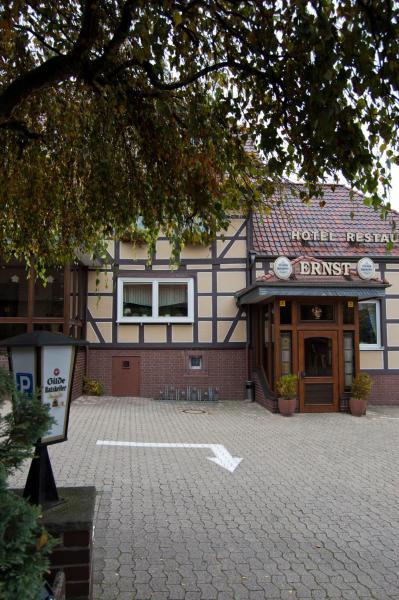 Hotel Pictures: Hotel & Restaurant Ernst, Giesen