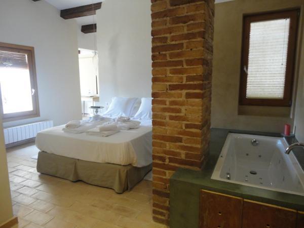 Hotel Pictures: Hotel Rural Cal Torner, Guiamets