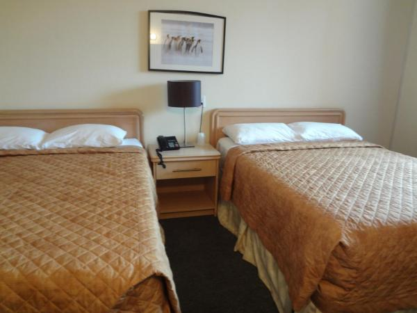 Queen Room with Two Queen Beds with Spa Bath