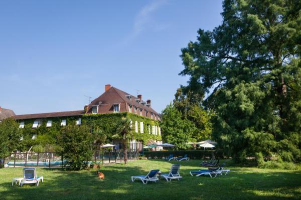 Hotel Pictures: Relais du Silence Hostellerie Chateau de la Barge, Crêches-sur-Saône