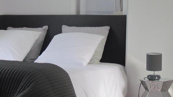 Hotel Pictures: Gite Histoire de Maison, Arras