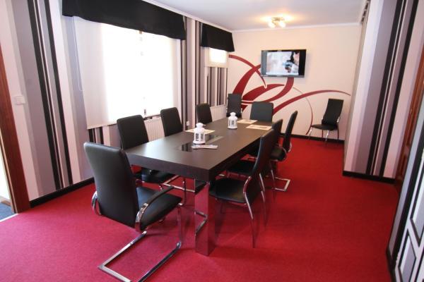 Hotel Pictures: Hospedaje Restaurante Valle de Liendo, Liendo