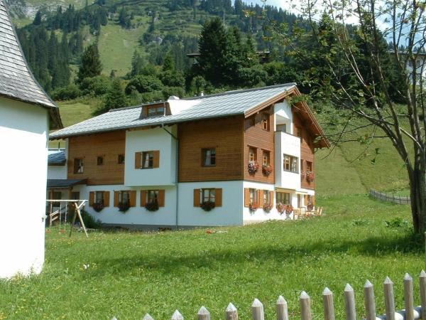 Hotellikuvia: Pension Juliana, Lech am Arlberg
