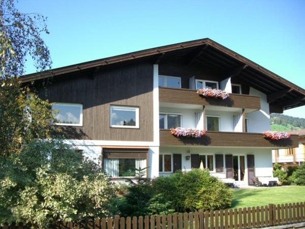 Foto Hotel: Haus Kristall, Kirchberg in Tirol