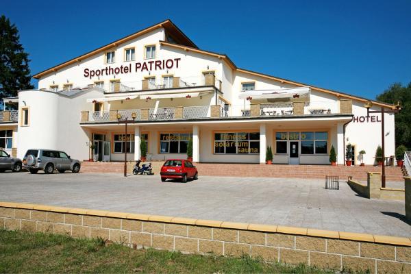 Hotel Pictures: Sporthotel Patriot, Úštěk