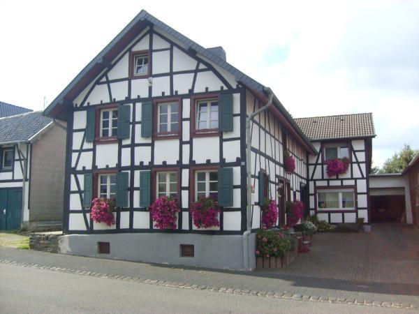 Hotel Pictures: Ferienwohnung Dürbaum, Schleiden