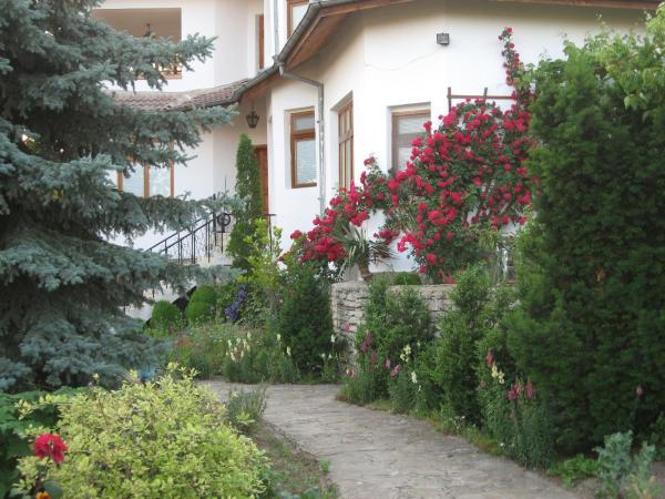 Fotografie hotelů: Guest House Astra, Arbanasi
