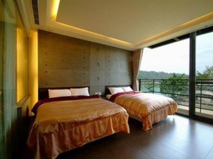 Quadruple Room with Lake View