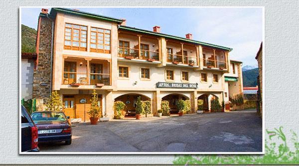 Hotel Pictures: Apartamentos Brisas del Deva, Potes
