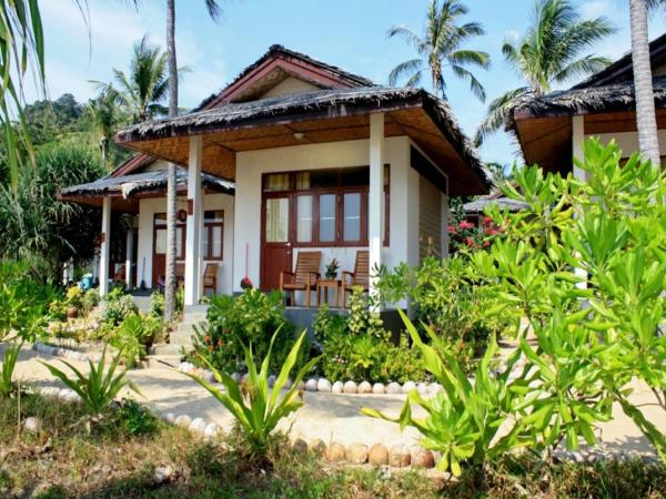 Deluxe Bungalow with Air-conditioning