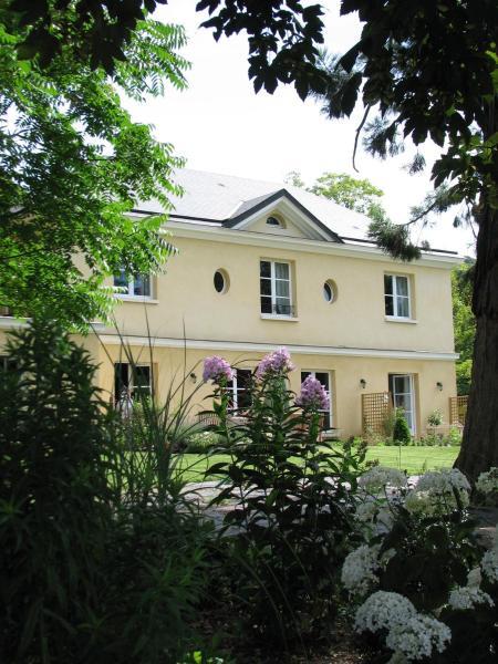 Hotel Pictures: Les Buis de Boscherville B&B, Hénouville