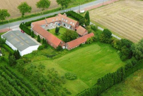 Hotel Pictures: Le Clos des Flandres, Erquinghem-Lys