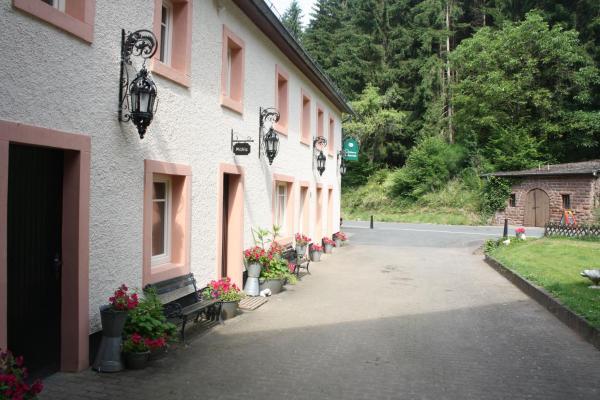 Hotelbilleder: Densborner Wassermühle, Densborn