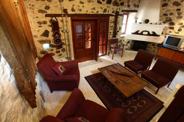 Hotel Pictures: Dorina Cottage, Ayios Mamas