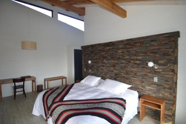 Hotel Pictures: Cantarias Lodge & Spa, Puyehue