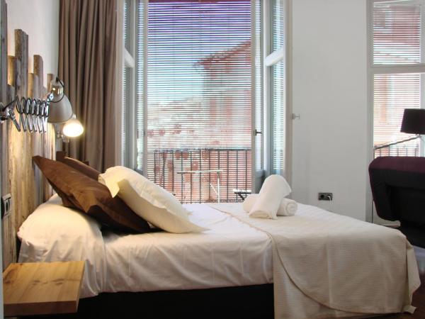 Hotel Pictures: Las Coles Apartasuites, Xàtiva