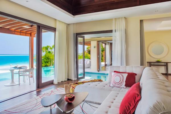 One Bedroom Beach Pavilion with Pool