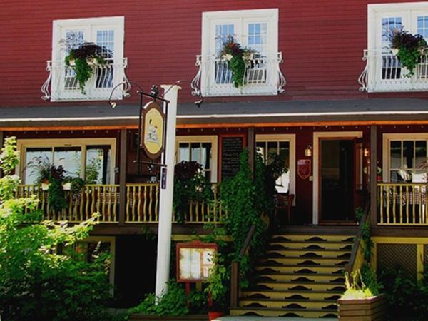 Hotel Pictures: Auberge La Dolce Vita, Notre-Dame-du-Lac