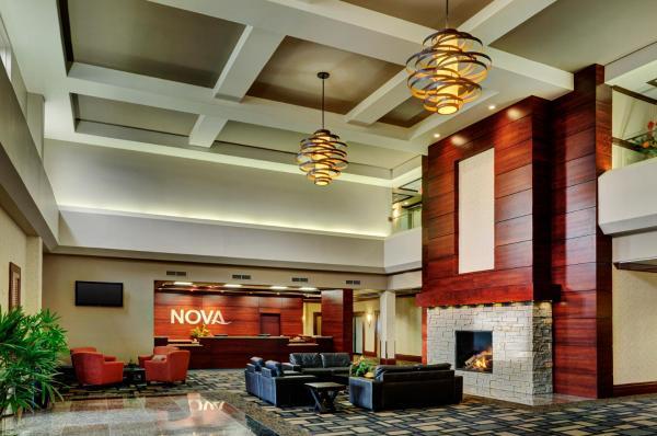 Hotel Pictures: Chateau Nova Yellowhead, Edmonton