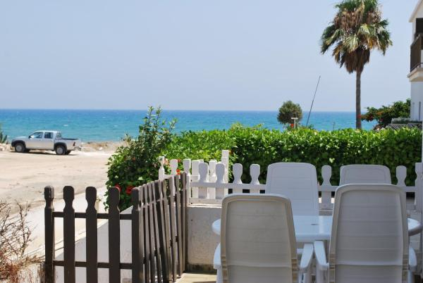 Hotel Pictures: Sandy Beach Villas, No. 25, Pyla