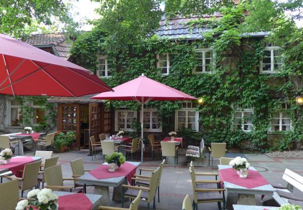 Hotel Pictures: Gasthof Bad Hopfenberg, Petershagen