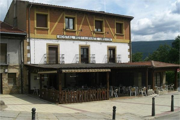 Hotel Pictures: Hostal Urbión, Vinuesa