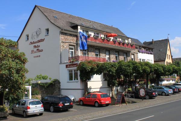 Hotel Pictures: Moselromantik-Hotel zum Löwen, Ediger-Eller