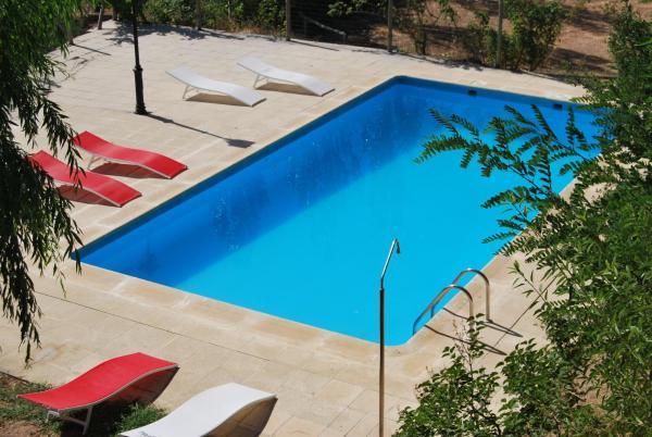 Hotel Pictures: Cortijo la Besana, Hornos