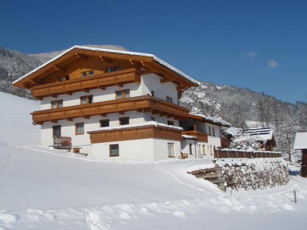 Hotel Pictures: Obermooshof, Fügenberg