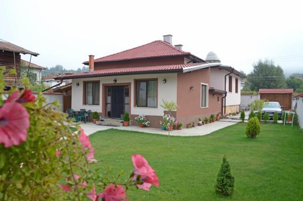 Fotografie hotelů: Guest House Tania, Dolno Draglishte