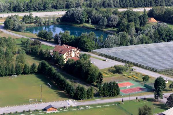 Hotel Pictures: , Sainte-Hélène-sur-Isère