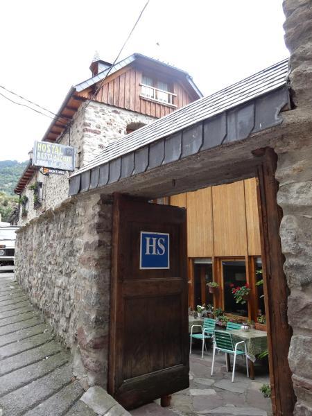 Hotel Pictures: Hostal Casa Laplaza, San Juan de Plan