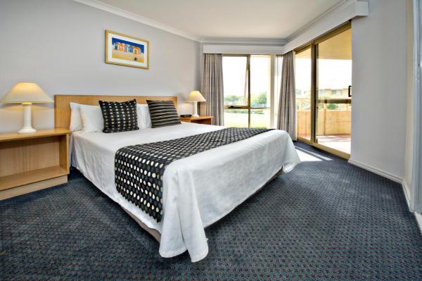 Two-Bedroom Beachfront Apartment - Ground Floor