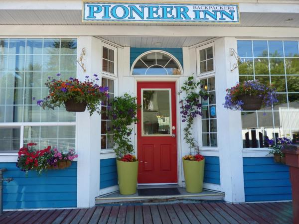 Hotel Pictures: Pioneer Guest House, Prince Rupert