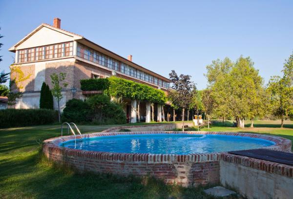 Hotel Pictures: , Pozal de Gallinas