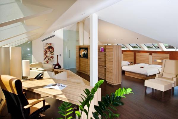 Suite - Top Floor