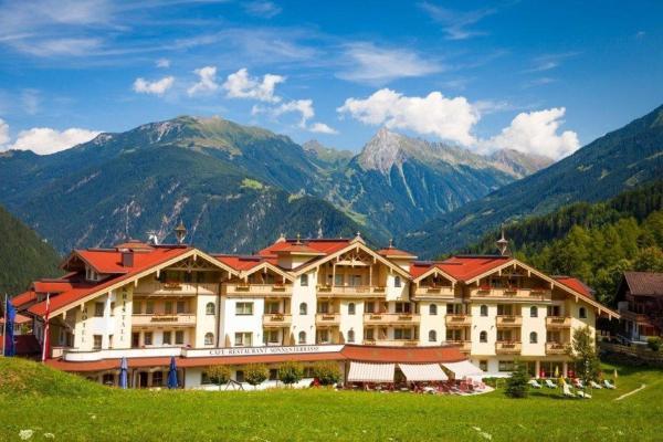 酒店图片: Vital Sporthotel Kristall, Finkenberg