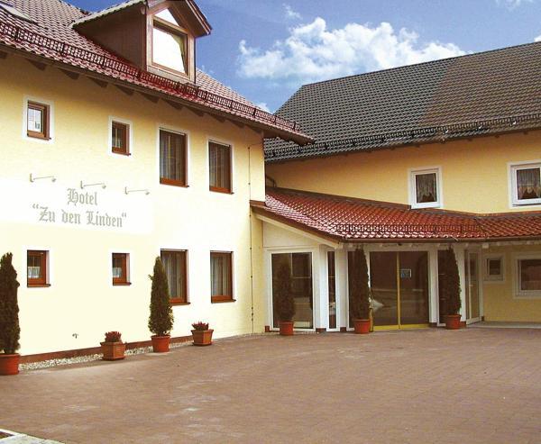 Hotelbilleder: Hotel zu den Linden, Aschheim