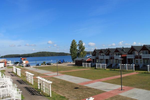 Hotel Pictures: Saimaa Resort Marina Villas, Rauha
