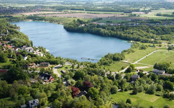Hotel Pictures: Ferienpark Kreidesee, Hemmoor