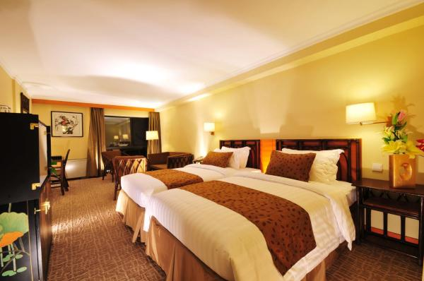 Standard Double or Twin Room with Lake View