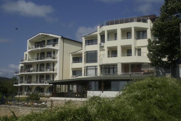 酒店图片: Family Hotel Venera, 卡瓦尔纳