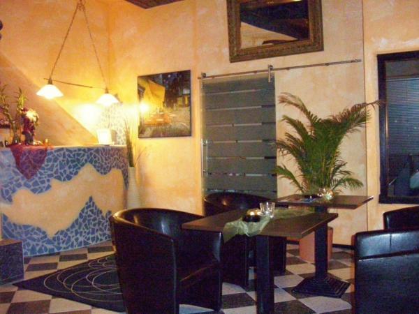Hotel Pictures: Fritzis Art Hotel, Filderstadt